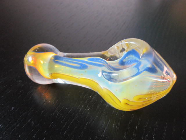 New clear glass smoking weed pipe.