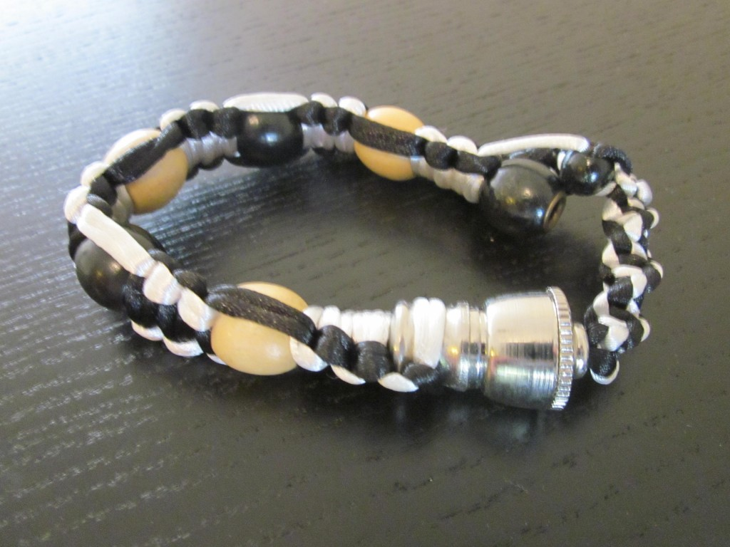 New Bracelet style smoking pipe fit all sizes.